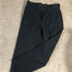 Hagar expandomatic black pants. Used Size 34 x 31